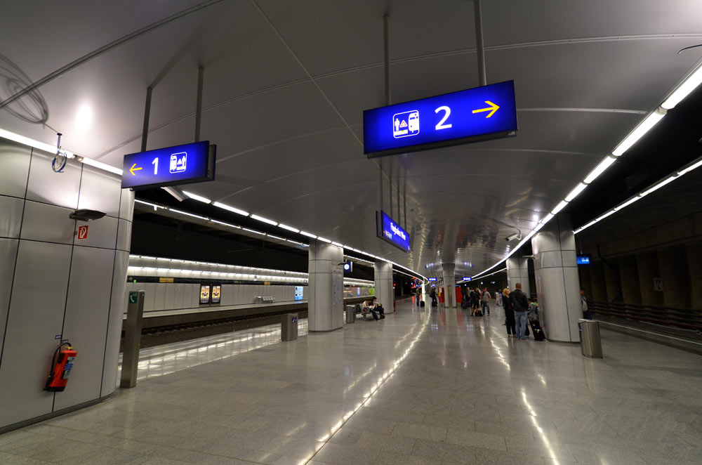 Signage Redesign At The Vienna International Airport Titus Nemeth